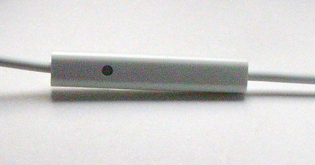 画像3: iPhone/iPod touch 用ヘッドセット、マイク付き