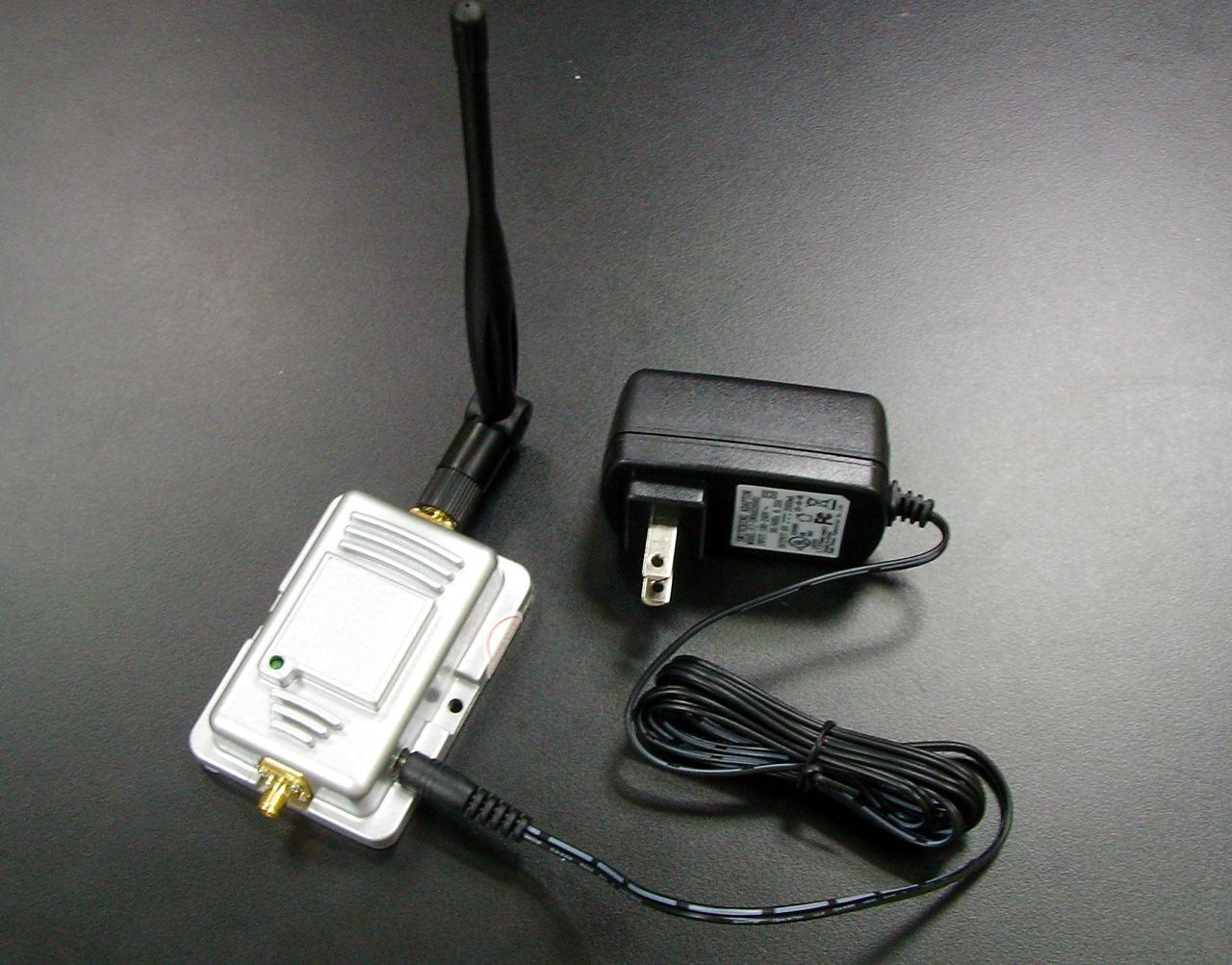 画像1: 2.4GHz WiFi ホットスポット用ブースター 1000 mW (+30 dBm)